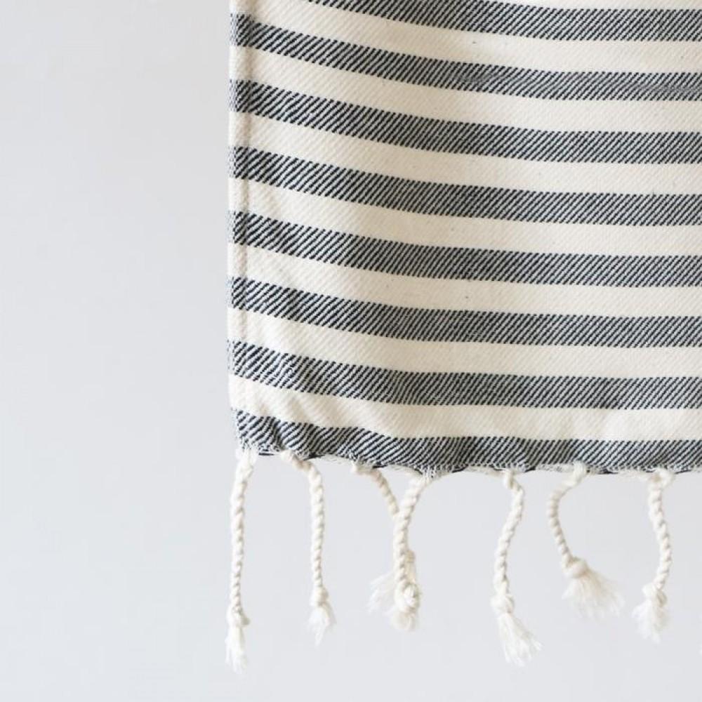Algan Kavun gæstehåndklæde 45x90 cm. sort-01